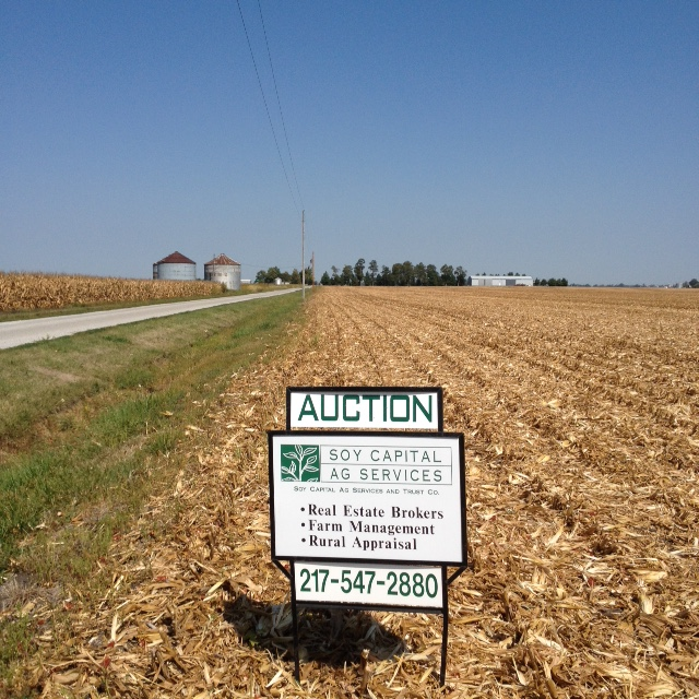 Picture of for sale sign on Wallbaum Farm